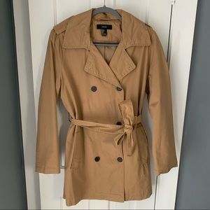 Forever 21 tan button up trench coat - size L